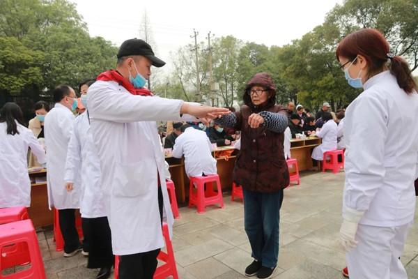 津市市人民医院开展世界肾脏日义诊活动