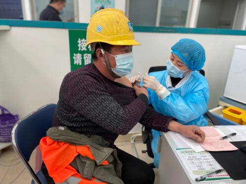 疫苗接种进工地