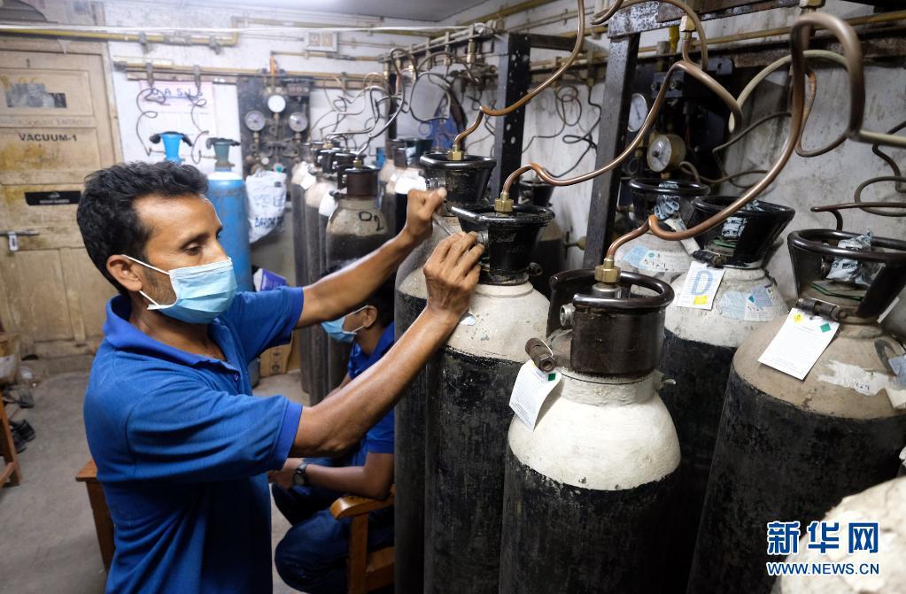 印度:加紧生产抗疫医疗物资