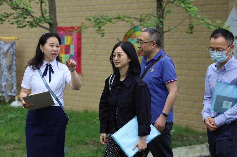 成都市教育技装中心到彭州市实验幼儿园开展学前教育资助政策专项调研