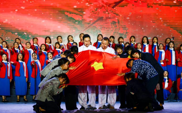 彭州市教育系统红歌合唱比赛决赛圆满落幕