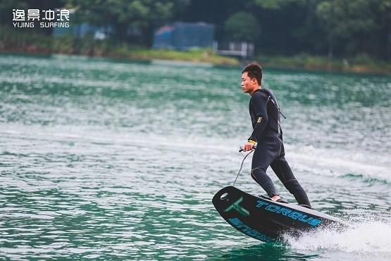 面向大众,逸景冲浪新项目助推全民健身