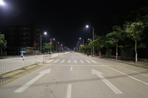 漳州台商投资区:路灯迭代改造 家园美丽升级