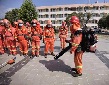 装备培训,不一般的消防员