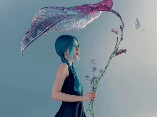 Angelababy封面大片 走入人鱼公主的梦境时刻