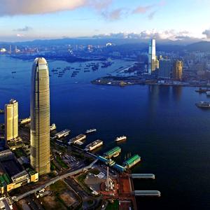 """一位香港电视""""网红""""的中国好声音"""