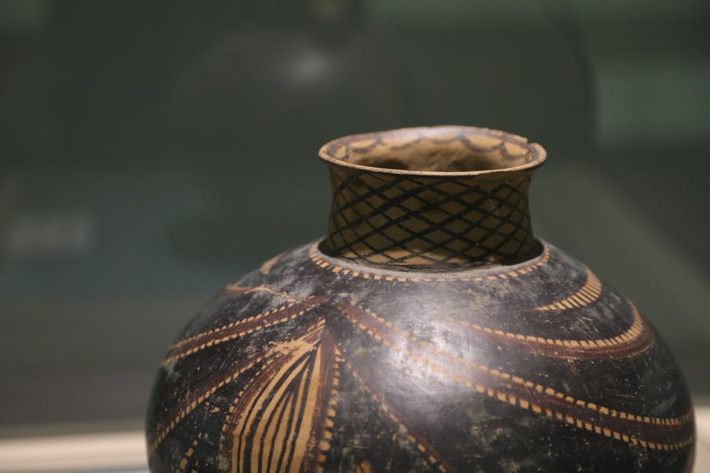 在马家窑,推开5000多年前多彩世界的大门