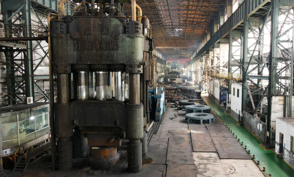 """打卡工业遗存 一起来认识这位60岁的""""钢铁劳模"""""""