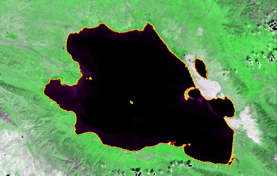 青海湖水体面积增至17年来最大值
